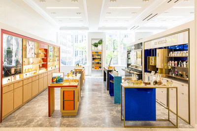 Fragrances at Saks Fifth Avenue New York, Beauty on 2 (Courtesy of Justin Bridges for Saks Fifth Avenue)