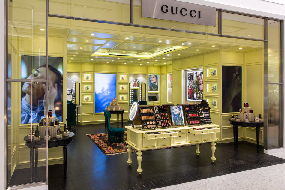Gucci at Saks Fifth Avenue New York, Beauty on 2 (Courtesy of Justin Bridges for Saks Fifth Avenue)