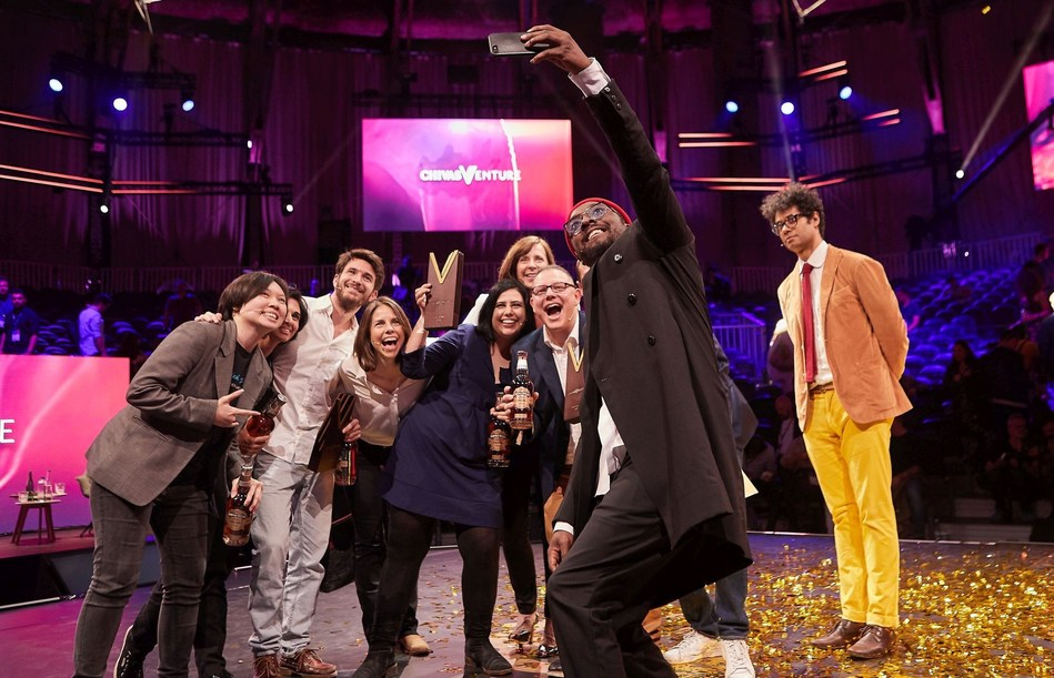 will.i.am takes selfie with judges and finalists at the Chivas Venture, Chivas Regal's global competition that gives away $1 million in no-strings funding every year to the world's most promising social startups on May 24, 2018 at TNW Conference in Amsterdam, Netherlands (PRNewsfoto/Chivas Venture)