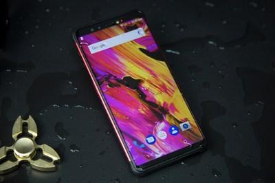 Uma revolução nos telefones robustos tradicionais: o vernee V2 Pro, telefone robusto de nível médio-alto com design de tela completa, chega ao mercado