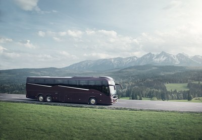 "On the new Volvo 9900, the ""Z shaped"" window lines combined with a gradient ""theatre floor"" introduces a whole new design language for coaches. (PRNewsfoto/Volvo Bus Corporation)"