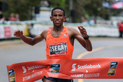 Yemane Tsegay of Ethiopia wins the 2018 Scotiabank Ottawa Marathon (CNW Group/Scotiabank)