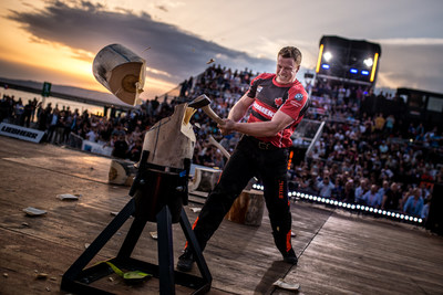Canadian Stirling Hart performs the Standing Block Chop at the 2018 STIHL TIMBERSPORTS Champions Trophy competition in Marseilles, France on May 26, 2018. (CNW Group/STIHL TIMBERSPORTS)