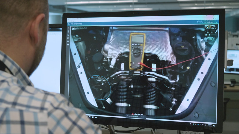 Tech Live Look - Porsche remote expert provides drawing to help on-site technician.
