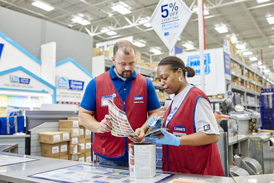 Lowe's 2017 Corporate Responsibility report outlines new corporate responsibility goals and highlights the company's progress in three strategic areas: product sustainability, community and people, and operational excellence.