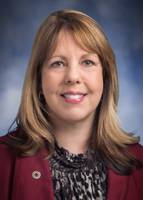 MemorialCare s Lorraine Booth Receives Chief Human Resources Officer of the Year National Award