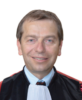 Professor Philippe Humbert, MD, PhD recommends Perfectil to his clients