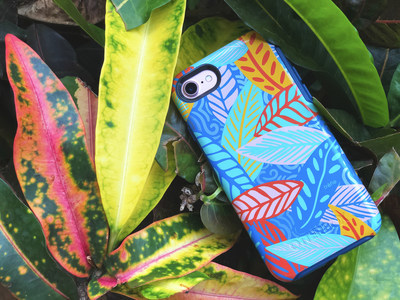 OtterBox partnered with Trefle Designs to create a case that is inspired by the lush tropical plants of the British Virgin Islands. Limited edition Trefle Designs Symmetry Series is available now.