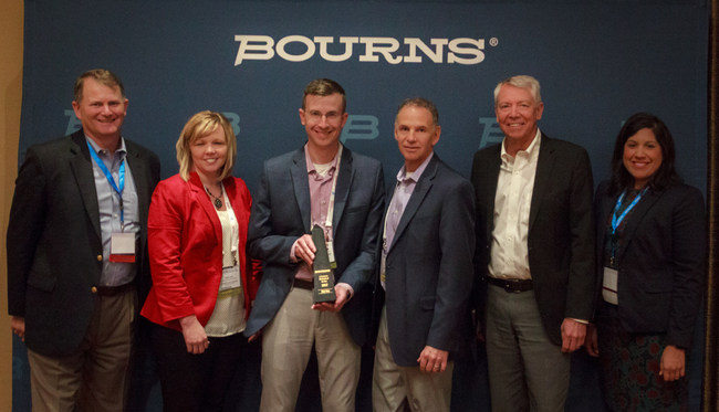 Bourns Presents Digi-Key with e-Commerce Distributor of the Year Award