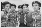 Photo : Quelques scouts, possiblement de la Troupe Saint-Raymond à Gatineau, [1960-1980]. BAnQ Gatineau, fonds Fédération québécoise du guidisme et du scoutisme District de l'Outaouais (P25). (Groupe CNW/Bibliothèque et Archives nationales du Québec)