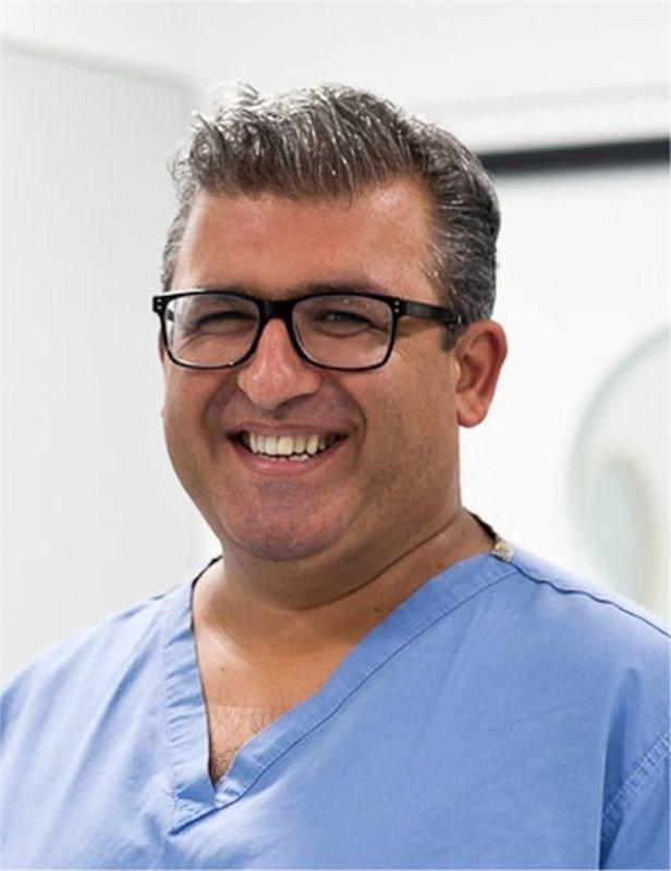 Dr Asif Qasim, Founder & CEO of MedShr (PRNewsfoto/MedShr)