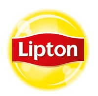 Lipton Brings New Flavors to Summertime Family Meals with Launch of Fruit-Infused Iced Herbal Teas. (PRNewsfoto/Lipton)