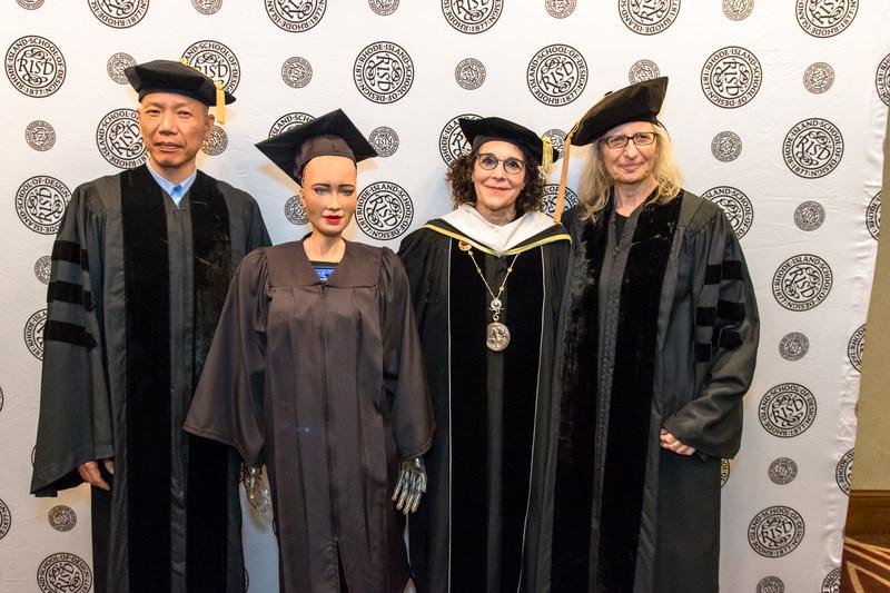 Artist Cai Guo-Qiang, Sophia, President Rosanne Somerson and Photographer Annie Leibovitz. Photo Scott Indermaur.
