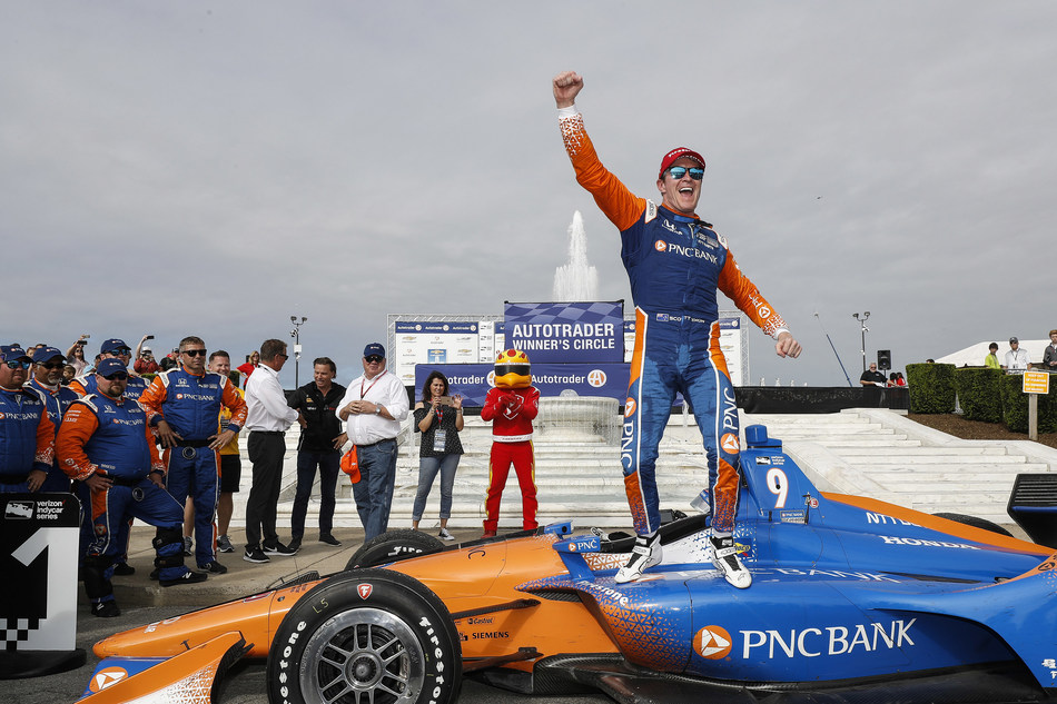 Scott Dixon scored the 42nd victory of his Indy Car career Saturday, winning the opening race of the Detroit doubleheader race weekend in his Chip Ganassi Racing Honda .