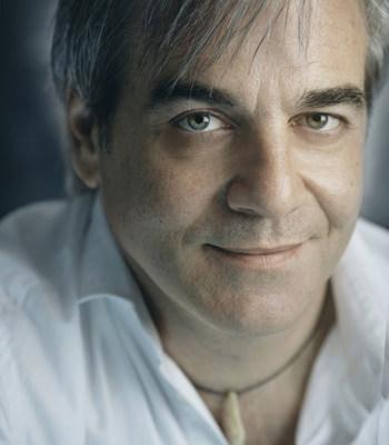 Le biologiste, réalisateur et explorateur Jean Lemire reçoit le prix Frederick-Todd dans la catégorie Personnalité publique. (Groupe CNW/Association des architectes paysagistes du Québec (AAPQ))
