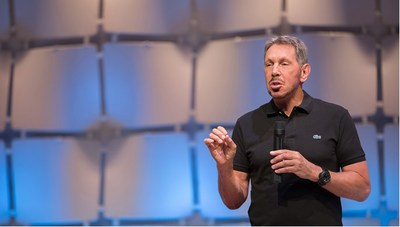 Oracle CTO and Chairman, Larry Ellison, unveils Oracle Soar to the Cloud.