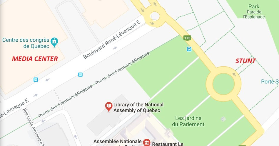 In front of Quebec Parliament Building (100 meters away from the Media Center) (CNW Group/OXFAM-QUEBEC)