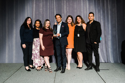 Argyle PR team takes home the 2018 Mid-Sized Agency of the Year Award at the IABC Awards in Toronto (CNW Group/Argyle Public Relationships)