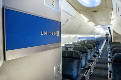 United Boeing 737 MAX 9 Interior