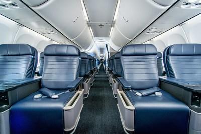 United Boeing 737 MAX 9 Cabin