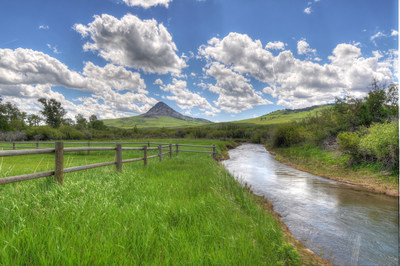 Smith Creek Behind Main Home with view of Haystack Butte