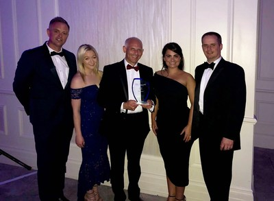 Water Direct's Sven Parris, Liv Morris, Jonathan West, Tiffany Tidmarsh and Peter Mayers with the 2018 CIR Business Continuity Award for Disaster Recovery as a Service (PRNewsfoto/Water Direct)