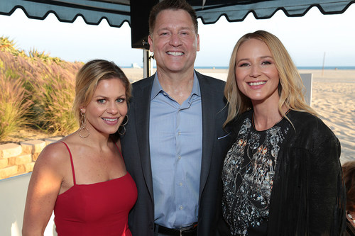 """Actress Candace Cameron-Bure, """"Fuller House""""; event honoree Jonathan Koch, President and Chief Creative Officer of Asylum Entertainment; and singer/songwriter Jewel support Saban Community Clinic's """"Let's Get Real"""" event to raise funds for healthcare services. (PRNewsfoto/Saban Community Clinic)"""