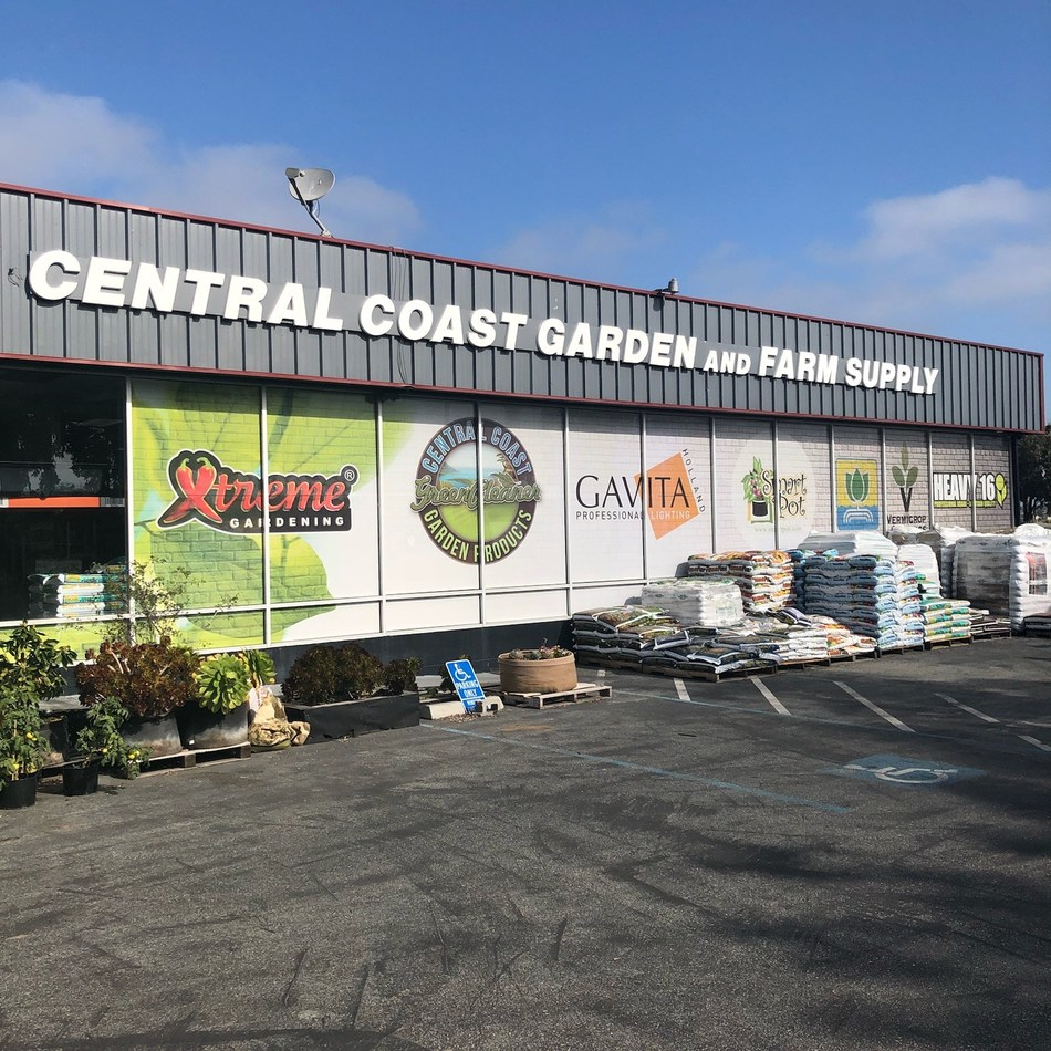 GrowGeneration Acquires Central Coast Garden and Farm Supply, Salinas, CA. (CNW Group/GrowGeneration)