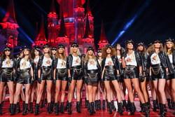 Paris Hilton at Dosso Dossi Fashion Show