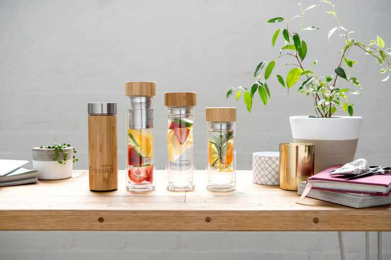 A multitasking brewer and infuser for on-the-go custom beverages. Fressko's innovative flask is designed with a stainless steel filter so you can brew tea and coffee to your desired strength of flavor, or infuse water with herbs and fresh fruit. The leak-proof bamboo lid makes it purse-friendly and the stainless steel liner keeps drinks hot or cold for several hours for the perfect sip.