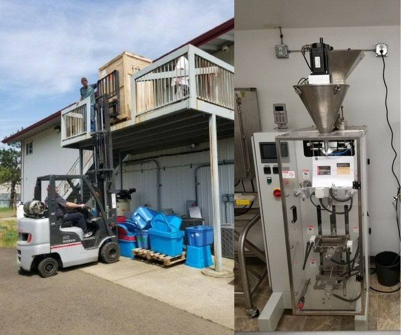 "(Left - Xanthic's equipment being installed at Green Mile Enterprises' Oregon facility; Right - the ""form, fill, seal"" machine after installation) (CNW Group/Xanthic BioPharma)"