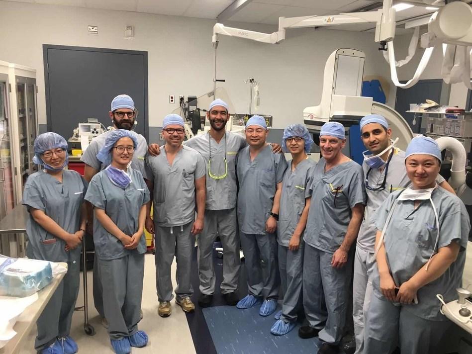 """""""Primeira implantação clínica da válvula pulmonar transcateter VenusP-Valve da América do Norte foi realizada com sucesso em Vancouver, Canadá"""" (PRNewsfoto/Venus Medtech (Hangzhou) Inc.)"""