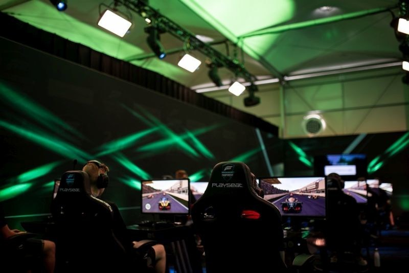 Motorsport Network and 24 Hours of Le Mans launch esports series (PRNewsfoto/Motorsport Network)