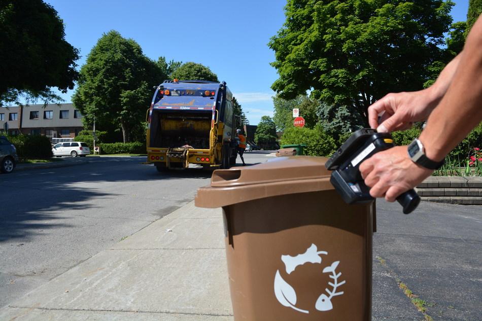 GOBacs application optimizes results in Saint-Laurent for organic waste collection. (CNW Group/Ville de Montréal - Arrondissement de Saint-Laurent)