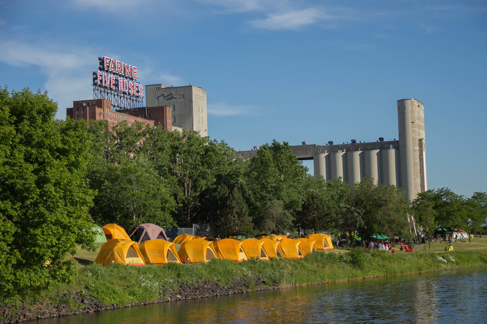 Extraordinary weekend of camping on the banks of the Lachine Canal National Historic Site (CNW Group/Parks Canada)