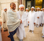 Mayor Turner stands up for unity at Eid celebration with Dawoodi Bohras