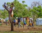 Recently arrived refugee children from South Sudan play football in Bidi bidi Refugee Settlement in Yumbe district of Uganda 28 February, 2017. © UNICEF/UN056925/Ose (CNW Group/UNICEF Canada)