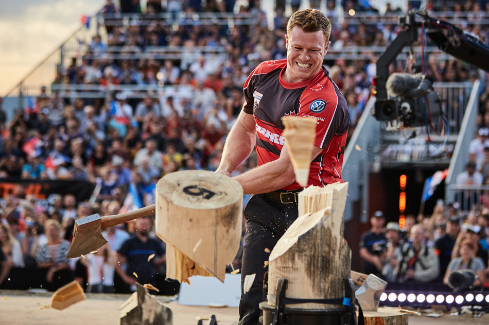 Stirling Hart competing at the STIHL TIMBERSPORTS World Champions Trophy 2018 (CNW Group/STIHL TIMBERSPORTS)