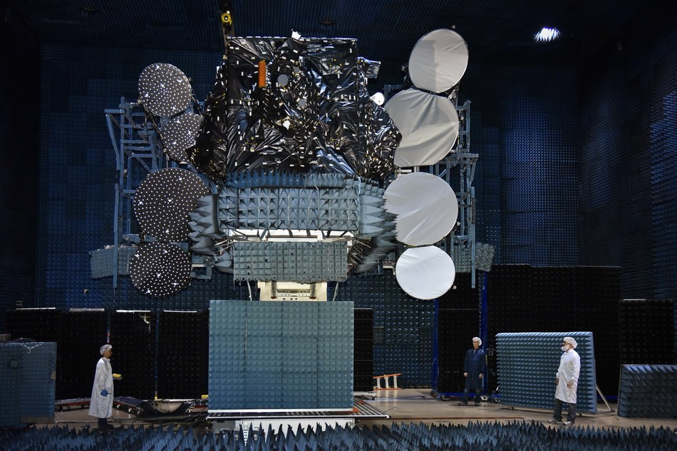 Telstar 19 VANTAGE shown in antenna testing at SSL in Palo Alto, Calif, before it was shipped to launch base. (CNW Group/Maxar Technologies Ltd.)