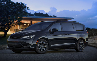 Green Is the New Black: S Appearance Package Creates Custom Look on 2019 Chrysler Pacifica Hybrid