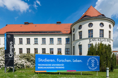 Technical University Freiberg  is host to the NanoScientific Forum on Scanning Probe Microscopy (SPM) in Europe (NSFE 2018) which will be held October 10-12, 2018. For information on attending or submitting an abstract, go to  www.parksystems.com/nsfe2018