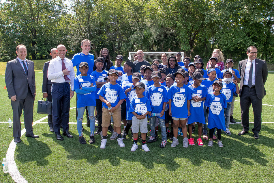 Ambassador Yousef Al Otaiba visited the Glenville Community Soccer Field at Franklin D. Roosevelt (FDR) Academy.  In 2017, the UAE Embassy and the Cleveland Clinic Foundation, through their expansive work with the Cleveland Metropolitan School District (CMSD), donated funds for the construction of the field.  The funds also support ongoing sports programming at the school.