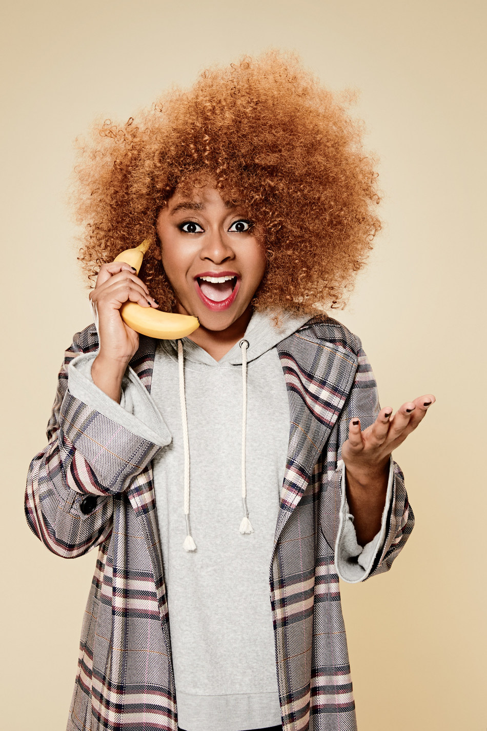 FASHION-SAVVY COMEDIANS EXPRESS A LIGHT-HEARTED SIDE OF NORDSTROM FOR THE RETAILER'S ONE-OF-A-KIND ANNIVERSARY SALE CAMPAIGN - Phoebe Robinson