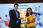 The Himalaya Drug Company launches Fresh Start an oil clear face wash (PRNewsfoto/The Himalaya Drug Company)