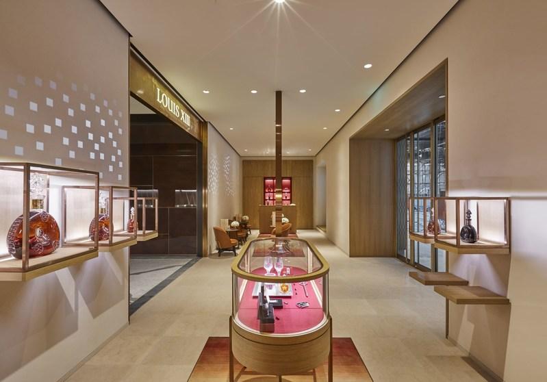 LOUIS XIII Boutique at Xian SKP Beijing (PRNewsfoto/LOUIS XIII COGNAC)