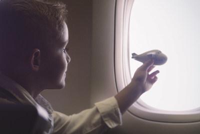 Air Canada favorise les moments agréables en famille cet été en proposant des services améliorés destinés aux passagers voyageant avec des enfants (Groupe CNW/Air Canada)