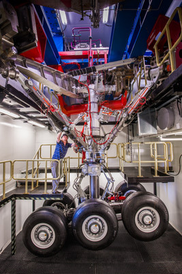 A technician prepares UTC Aerospace Systems' A350-1000 main landing gear for retraction endurance and environmental testing at the company's Oakville, Ontario facility. Photo credit: UTAS. (CNW Group/Airbus)
