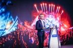Bai Mudi, CEO of CMIG, delivering a speech
