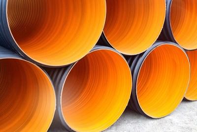 Aqua Q's latest technology leading, CSA-approved, large diameter composite pipe, the BOSS 3000™. (CNW Group/Aqua Q)