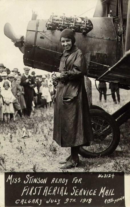 Aviatrice Katherine Stinson gets ready to take flight on July 9, 1918 (CNW Group/WESTJET, an Alberta Partnership)